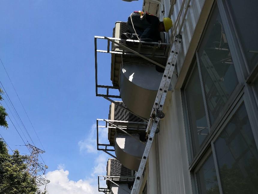 工业厂房降温设备为什么选择环保空调?