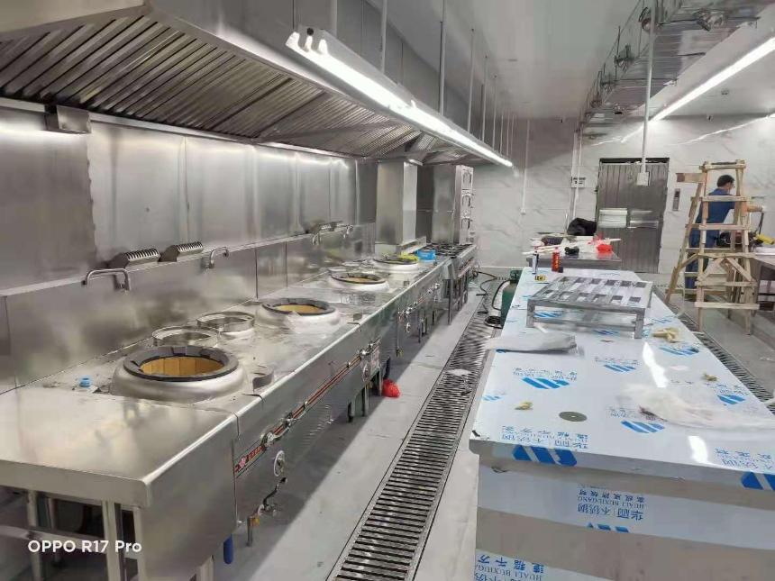 某大型餐厅厨房油烟净化工程案例