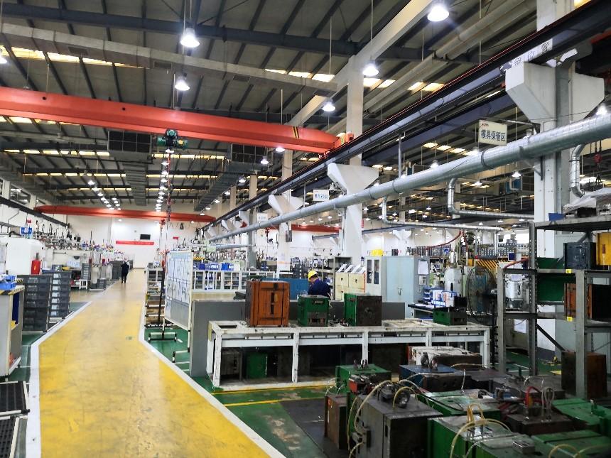 塑料厂的生产过程中会造成的很多粉末如何处理好呢?